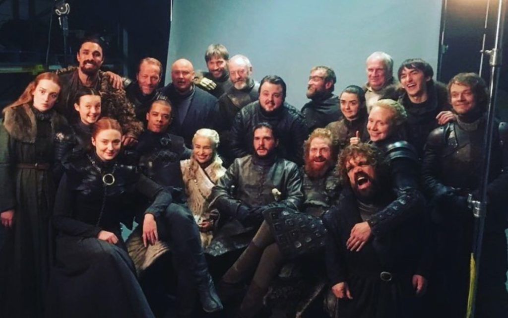"Fanáticos de ""Game of Thrones"" se niegan a que la serie llegue a su fin"